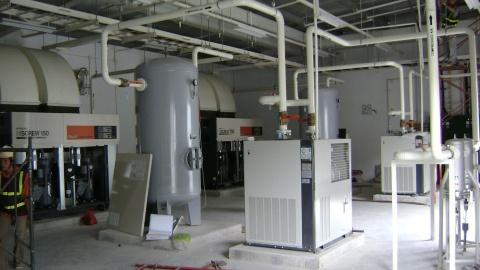 xây dựng và lắp đặt hệ thống máy nén khí hitachi-150kw
